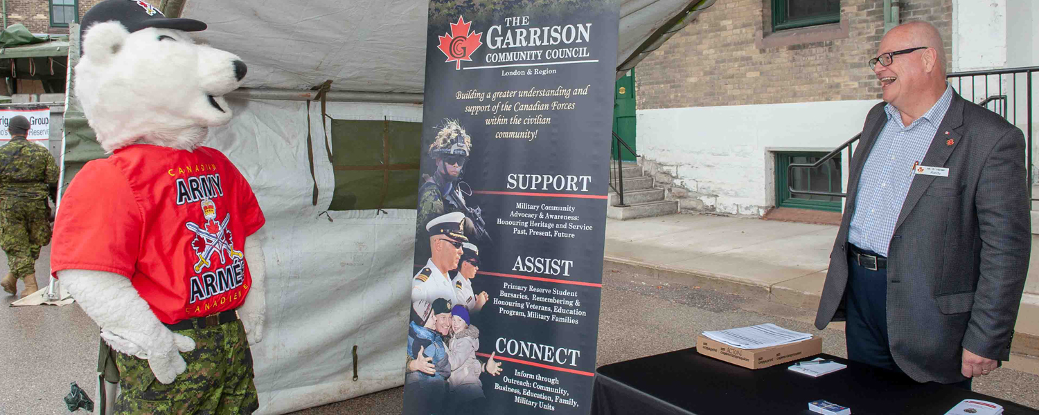 Building closer connections between Canadians and members of our Military Community